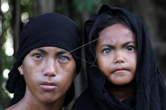 Mata Biru dan Merah Dari Pulau Buton dan Muna