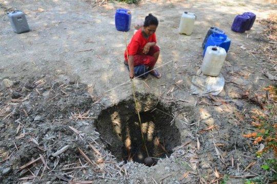 Krisis air bersih akibat musim kemarau Page 2 Small