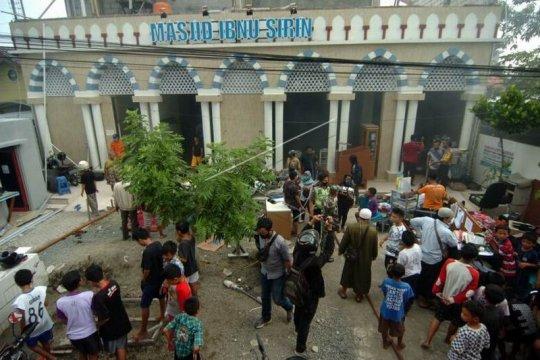 Kebakaran Masjid Ibnu Sirin Page 2 Small
