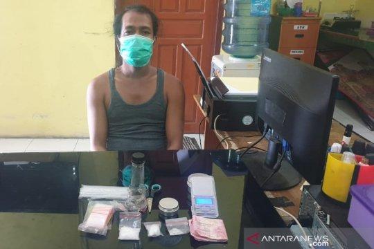 Satnarkoba Polres Bangka Barat tangkap pengedar sabu-sabu