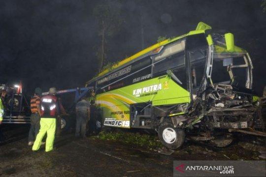 Kecelakaan Bus Pariwisata Di Wonosobo