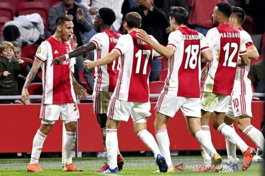 Dijamu Liverpool, Ajax sesumbar mampu balas kekalahan