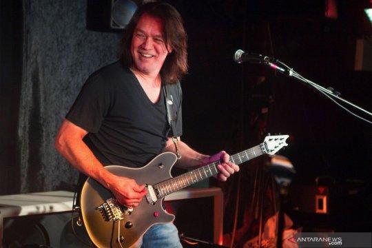 Gitaris legenda Eddie Van Halen meninggal dunia