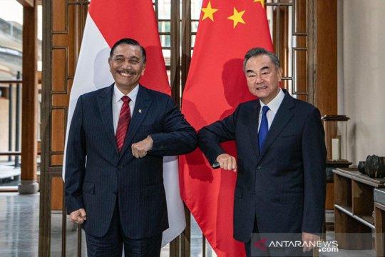 Luhut bertemu dengan Menlu China membahas  kerja sama penanganan COVID-19