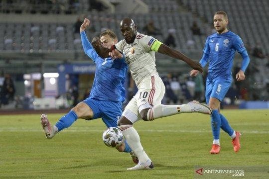Romelu Lukaku mengemas dwigol untuk mengamankan kemenangan 2-1 atas Islandia