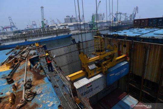 Perdagangan RI Desember 2020 surplus 2,1 miliar dolar AS