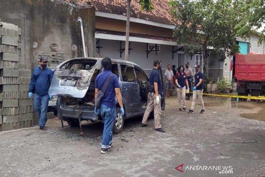 Polisi tangkap terduga pelaku pembunuh wanita dalam mobil terbakar