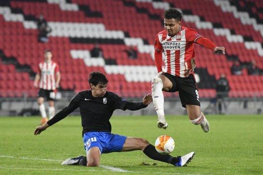 PSV Eindhoven dipermalukan Granada di kandang sendiri 1-2