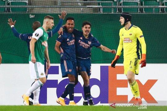 Arsenal bangkit untuk awali Liga Europa dengan kemenangan atas Rapid 2-1