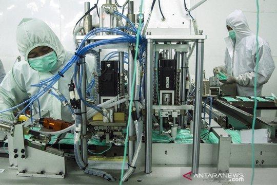 Produksi masker 4-Ply di Cimahi