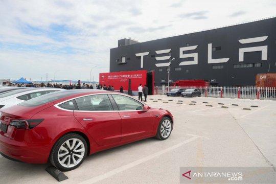 Penampakan mobil Tesla yang diproduksi di China