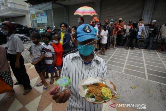 Makan Gratis  Untuk Semua Orang