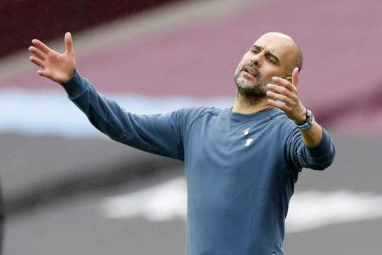 Pep Guardiola tegaskan ingin bertahan lebih lama lagi di Man City