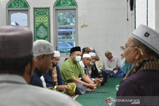 Sajadah Fajar di Masjid Al Qurbah, Gubernur Babel Dengarkan Suara Masyarakat