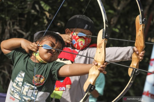 Menumbuhkan rasa percaya diri anak melalui latihan memanah