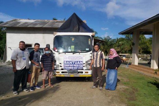 Pemkab Bangka Barat salurkan bantuan mesin pakan ikan