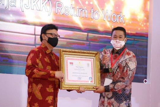 Implementasikan JKK-RTW, BPJAMSOSTEK kembali terima penghargaan