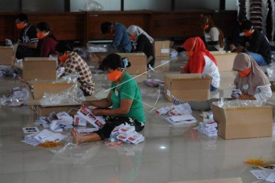 Pelipatan surat suara Pilkada Klaten Page 2 Small