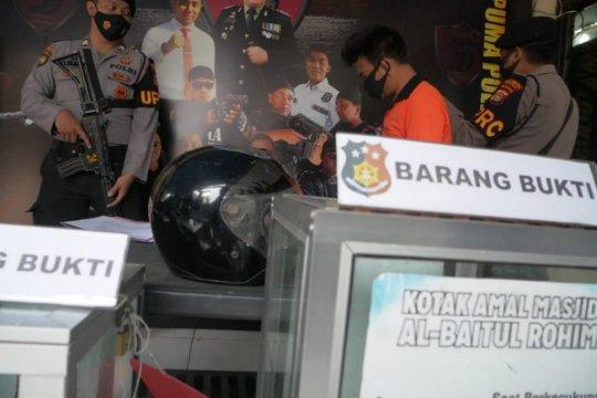 Pecandu sabu yang mencuri kotak amal di delapan masjid ditangkap polisi