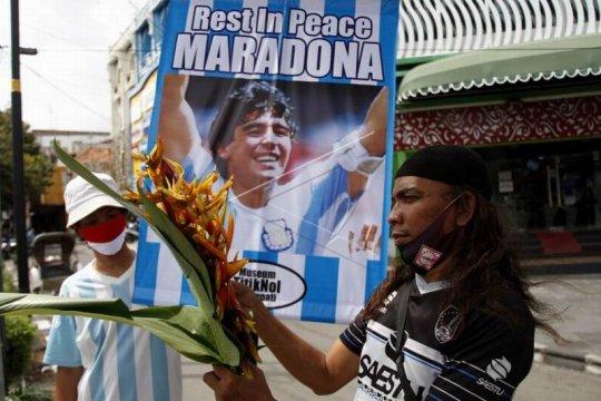 Mengenang Diego Maradona Page 2 Small