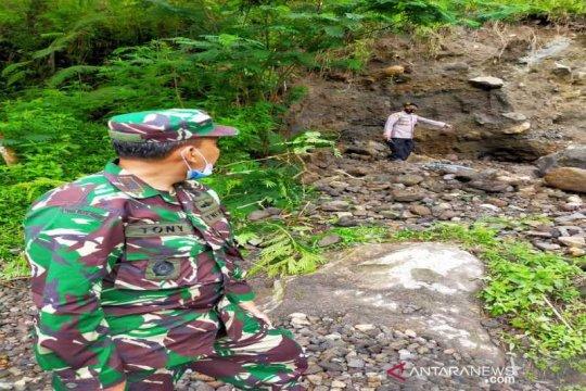 Seorang tewas, warga lereng Merapi diminta hentikan penambangan