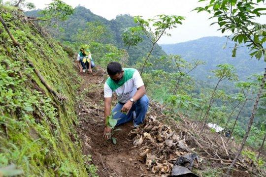 Penanaman 67.000 pohon di Kudus libatkan petani