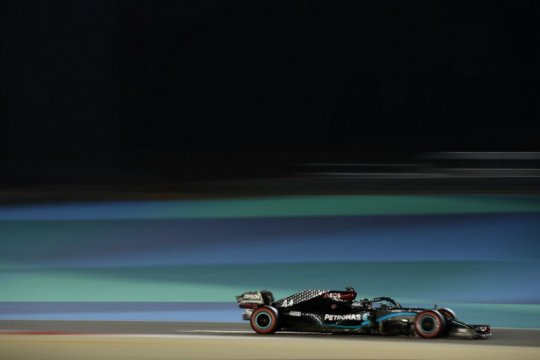 Hamilton dominasi hari pertama sesi latihan Grand Prix Bahrain