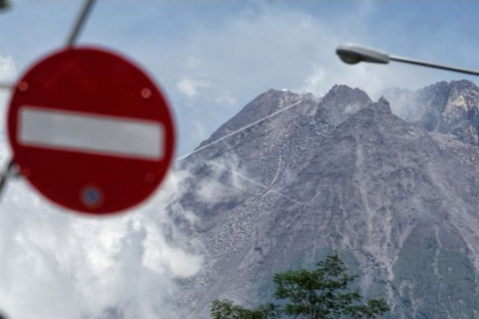 Konsentrasi gas CO2 Gunung Merapi meningkat