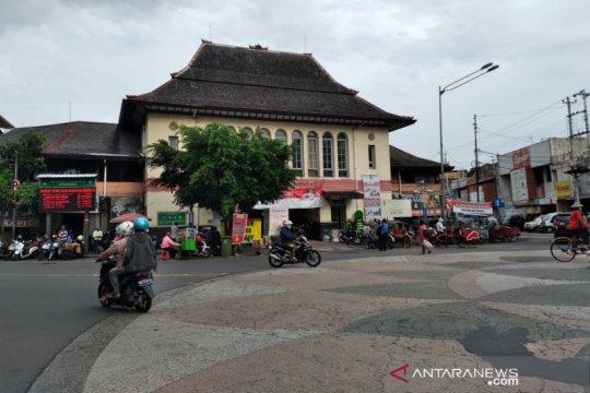 Pasar Gede ditutup gegara COVID-19