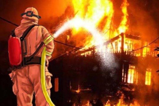 10 orang tewas akibat kebakaran permukiman padat penduduk di Matraman