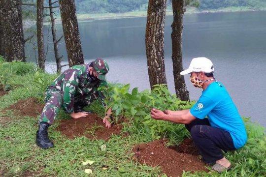 Kawasan Telaga Menjer ditanami 10.000 pohon kopi