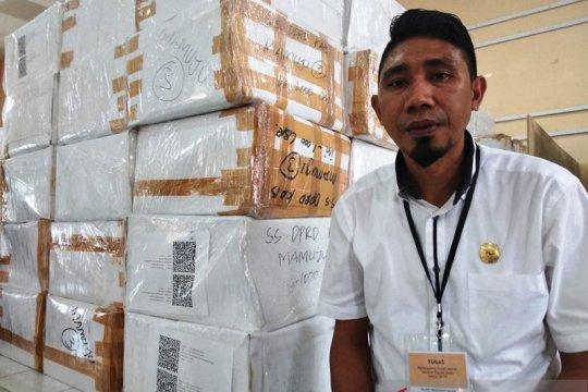 KPU Mamuju mulai distribusikan logistik pilkada ke kecamatan terjauh