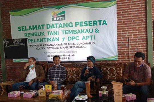 Petani desak pemerintah jaga eksistensi industri hasil tembakau Indonesia