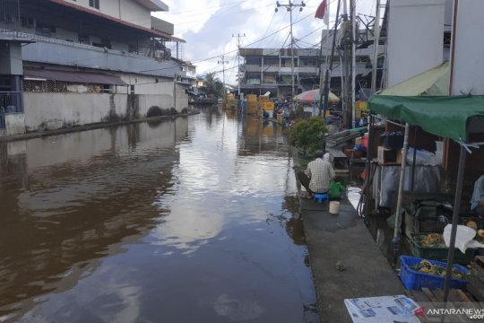 BMKG Maritim Pontianak imbau masyarakat waspada dampak pasang air tinggi
