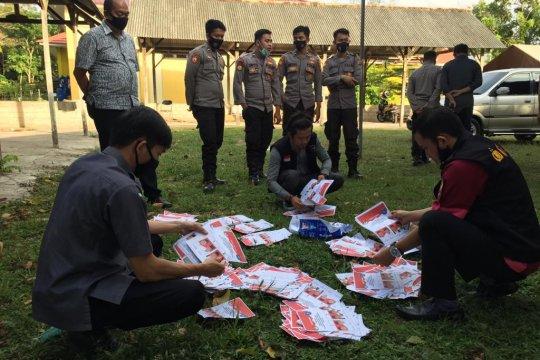 KPU Bangka Tengah musnahkan 1.336 surat suara rusak