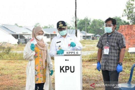 Gubernur Bangka Belitung imbau masyarakat datang ke TPS meski hujan