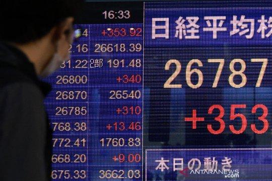 Bursa Jepang Jumat pagi menguat terangkat kenaikan saham-saham pembuat chip