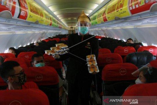 Penerbangan Perdana Air Asia Rute  Jakarta - Padang