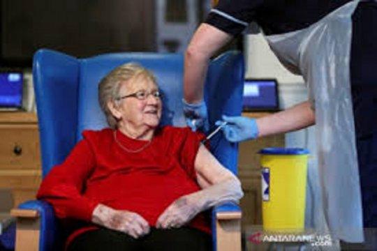 Dokter Inggris menyerukan perpendek masa tunggu suntikan vaksin Pfizer