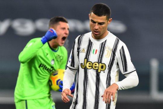 Ronaldo sia-siakan tendangan penalti saat Juve ditahan imbang Atlanta
