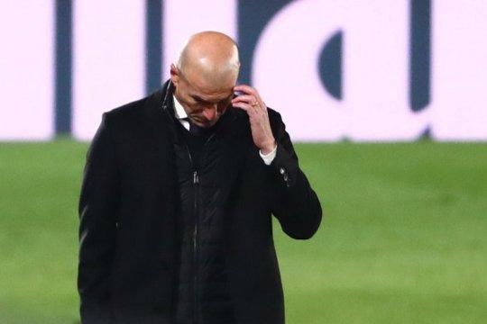 Terancam dipecat Real Madrid, Zidane akui tetap tenang
