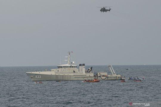 Dua helikopter TNI AU dikerahkan cari pesawat Sriwijaya Air SJ-182