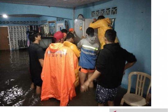 Ratusan rumah di Belitung terendam banjir