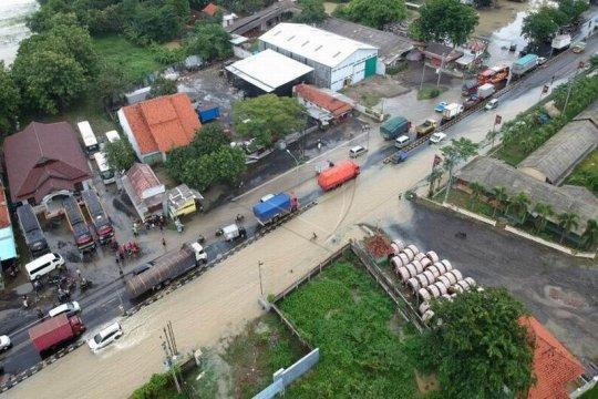 Jalur Pantura Tegal banjir Page 3 Small