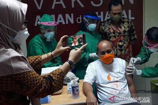 Walikota Pangkalpinang dan Forkopimda disuntik vaksin pertama