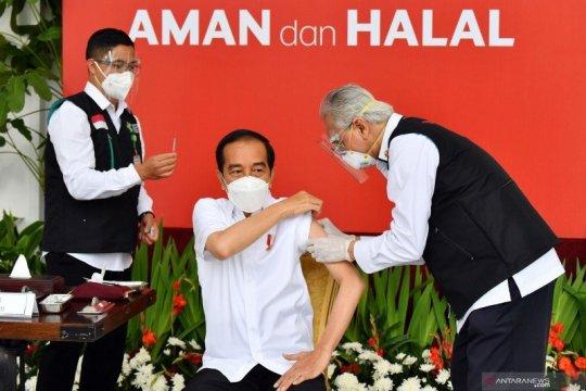 Presiden Jokowi: Vaksinasi adalah