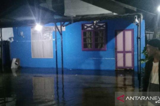 BPBD: Hari ketiga air banjir makin naik meski tak hujan