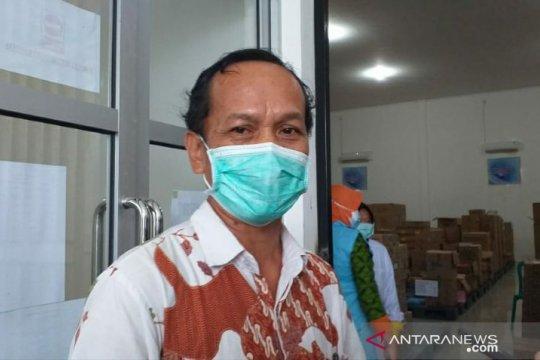 Bupati Belitung tidak ikut disuntik vaksin COVID-19 karena faktor usia