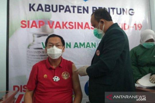 Wakil Bupati Belitung berhasil disuntik vaksin COVID-19 tanpa rasa sakit