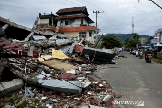 Korban gempa Sulbar bertambah jadi 73 orang
